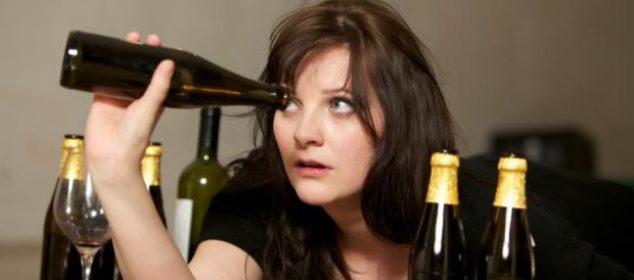 Femeia care bea